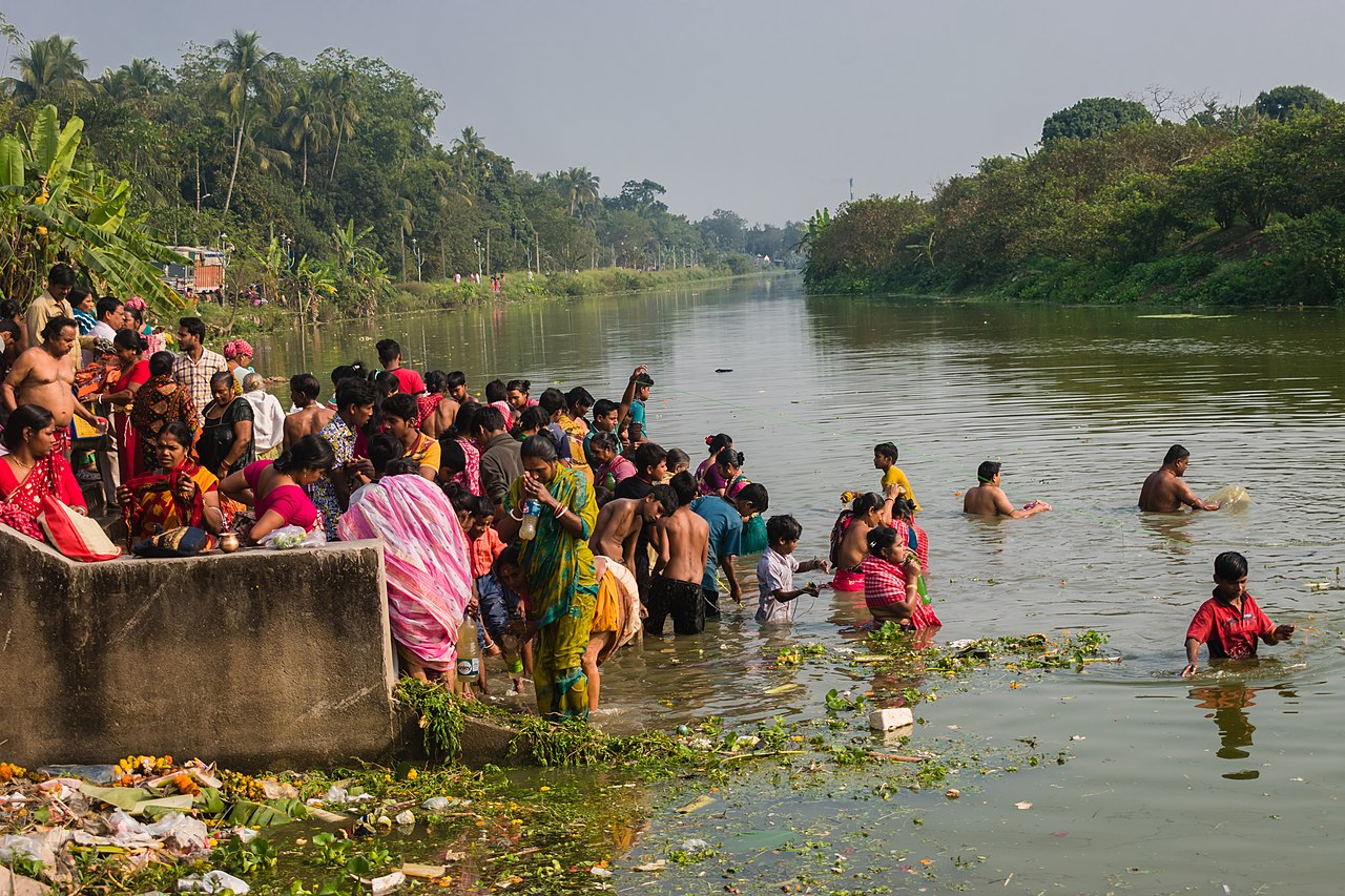 west bengal river bathing
