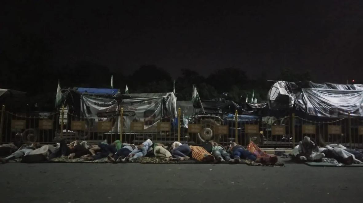 farmers sleeping