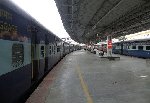 train standing at a railway platform