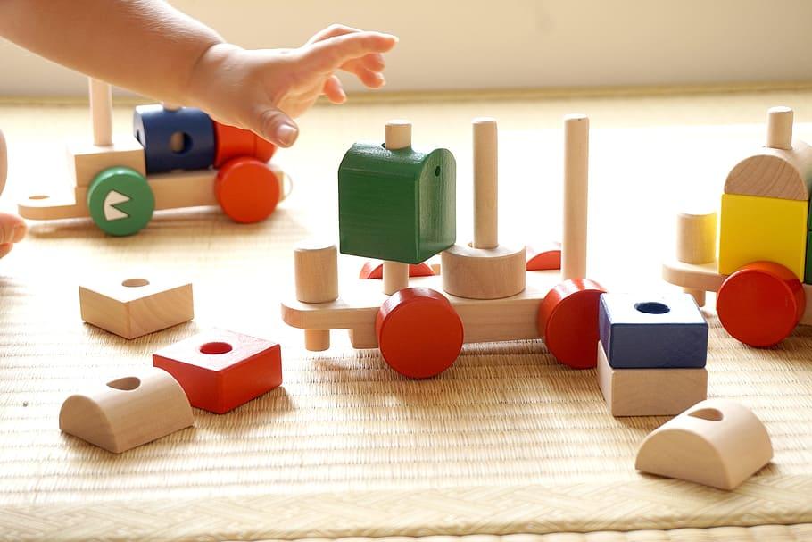 children-building-block-seize-children