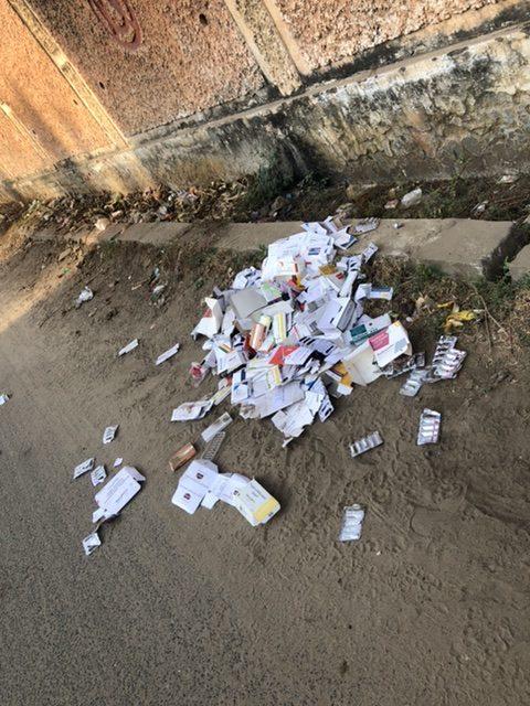 Medicines discarded on Roads /Youth Ki Awaaz